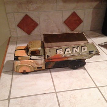 Gold Marx Truck  - Model Cars