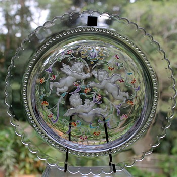 The Hoya Crystal cherubs - Art Glass