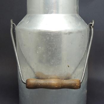 Pure Aluminum Milk Container