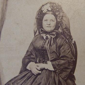 CDV photograph of Mary Todd Lincoln