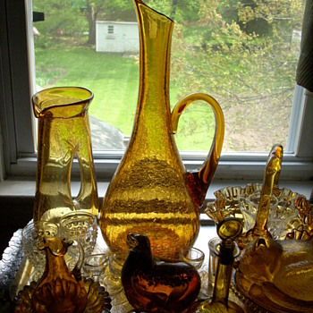 Tall Blenko or Pilgrim pitcher. - Art Glass