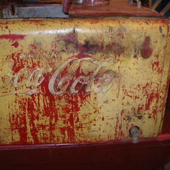 water bath ice chest - Coca-Cola