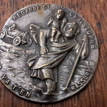 1918 commemorative Gallipoli war coin& vintage car badge Regarde SaintChristophe  - World Coins