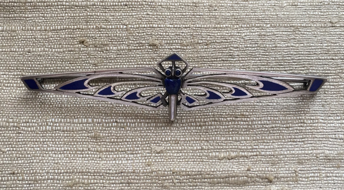 800 Silver Lapis, Blue Cabochon Eyes, and Blue Enamel Dragonfly