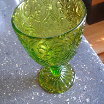 Vintage depression? - Glassware