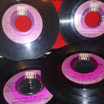 45 RPM SINGLE(S)....#139-#142 - Records
