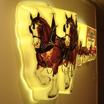 My Mystery Budweiser Clydesdales Lighted Wall Sign