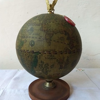 Golden Crown Liquor Decanter. Globe - Bottles