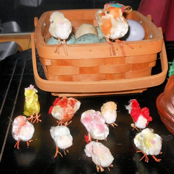 Chenille Easter Chickens - Animals