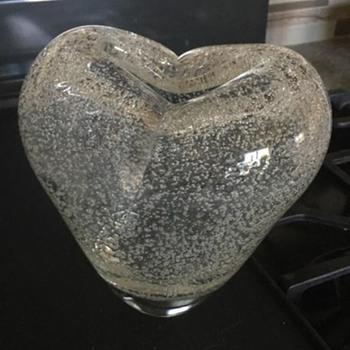Unsigned handblown vase - Art Glass