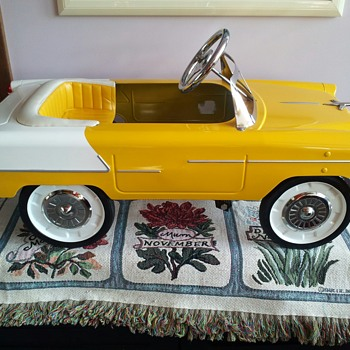 1955 Chevy Convertible pedal Car - Model Cars