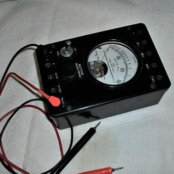 ANTIQUE WESTON  MULTITEST METER - Electronics