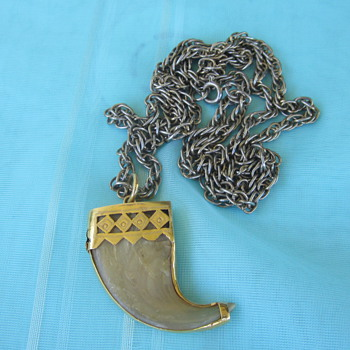 Tiger Claw Pendent  - Fine Jewelry