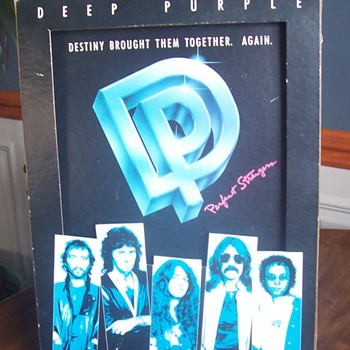Deep Purple 'Perfect Strangers' display! - Music Memorabilia