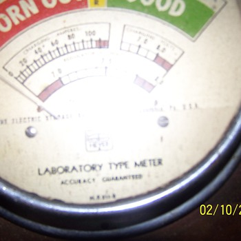 1941 Heyer Battery Tester - Electronics
