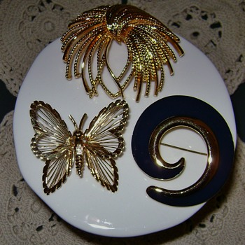 Monet Brooches - Costume Jewelry