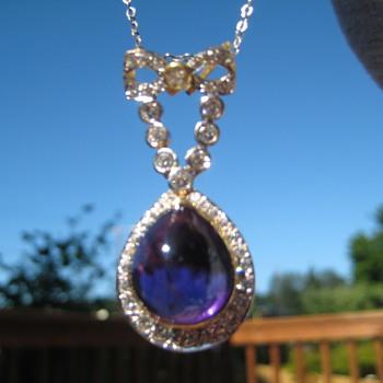 Beautiful vintage pendant with Diamonds