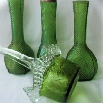 More Kralik Early Century Textured Glass Decors in Green Maze, Diamond and Chevron. - Art Glass