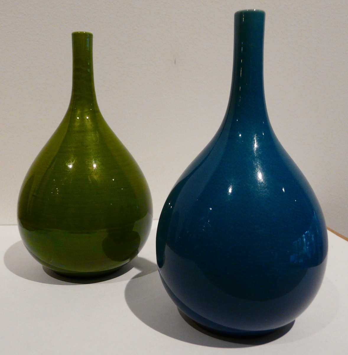 My pair of rrstrand spd vases collectors weekly reviewsmspy
