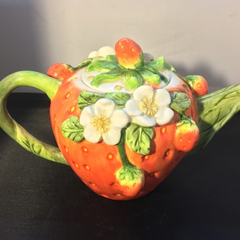 Antique tea pot  - Pottery