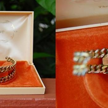 To Edna, Love Buddy, A gift of Love bracelet