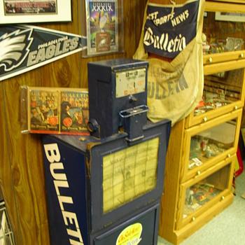 Philadelphia Bulletin Paper dispenser box