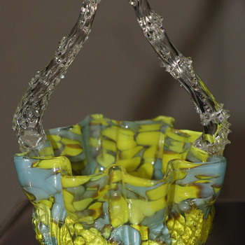 A Known Welz Décor on a Known Welz Basket Shape – Not Kralik and Not Harrach!! - Art Glass