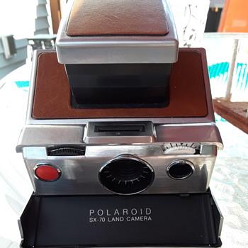 vintage Polaroid camera - Cameras