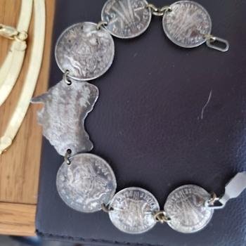 Australian str sil coin bracelet  - Costume Jewelry