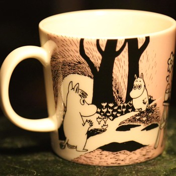 Cute Mug with Hippos in Love by Arabia Finland - Pottery