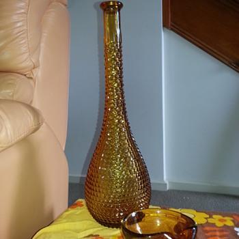 1970'S BULLICANTE AMBER ART GLASS ASHTRAY & AMBER VASE