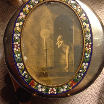 Small Italian oval mosaic picture frame - Photographs