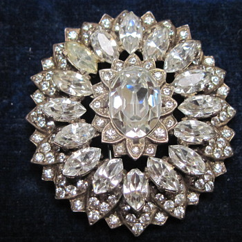 """Broach signed with """"Eisenburg Original"""" and """"Sterling""""  circa 1943-1945  - Costume Jewelry"""