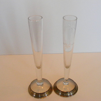 Vintage bridal champagne flutes.
