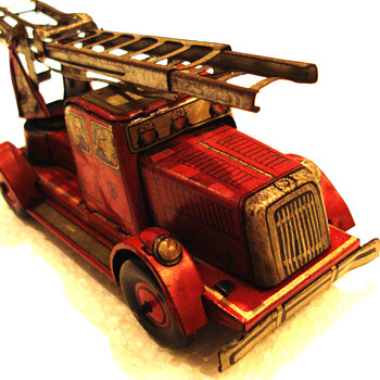 Pre War Windup CKO Kellermann  (K-350) Lithographed Tin Firetruck  - Model Cars