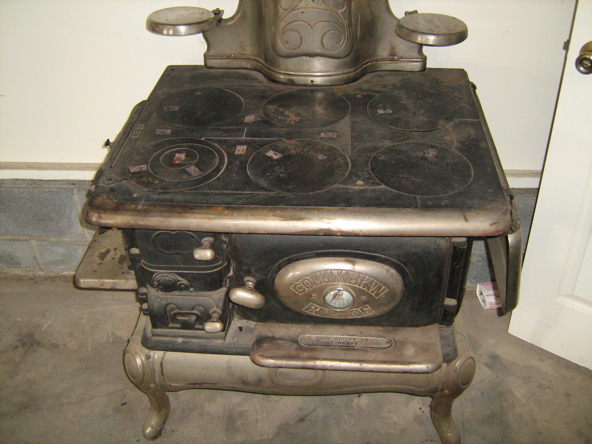 Antique cook stove by Columbian Palace - York, PA ...