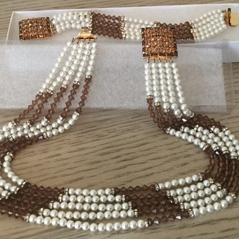 HOBE' BRACELET & NECKLACE..my first pearls! - Costume Jewelry