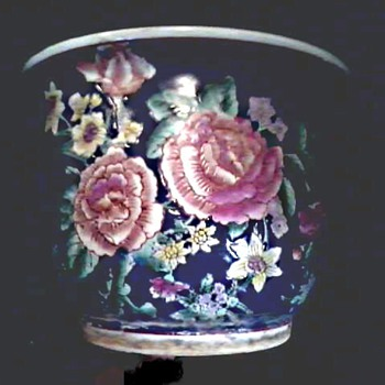 "Chinese Porcelain 10""Famille Noire"" Cache Pot / Peonies / Circa Mid 20th Century - Asian"