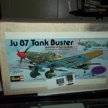 1/72 SCALE AIRPLANE MODEL KIT - Toys