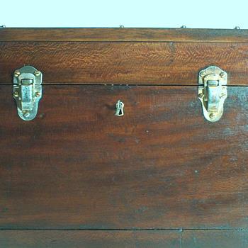 follow up photos for trunk - Furniture