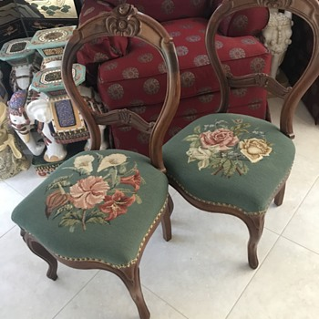 Embroidered chairs - Furniture