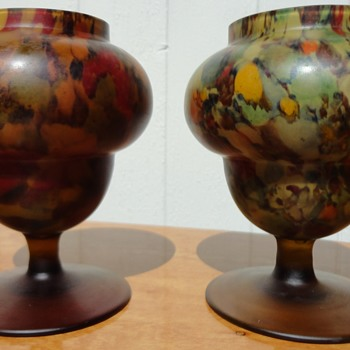 Art Deco Urns Tan Satin Spatter Finish - Art Glass