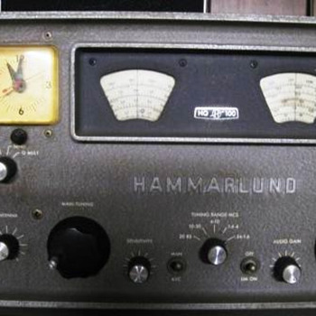 Here's the clock radio I used while in college. - Clocks