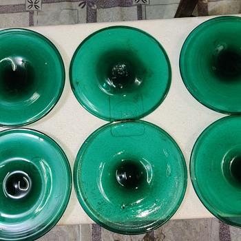 Hand blown bubble glass plates - Glassware