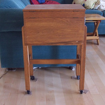 Sewing table - Furniture