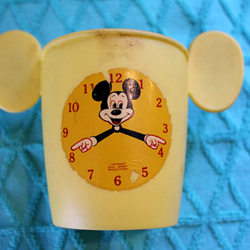 Mickey Mouse Drinky Cup - Animals