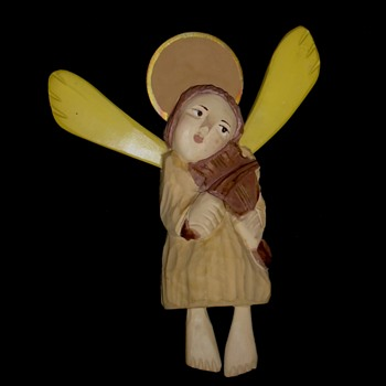 Large wooden angel -- Polish art and handicraft -- Folk art - Christmas