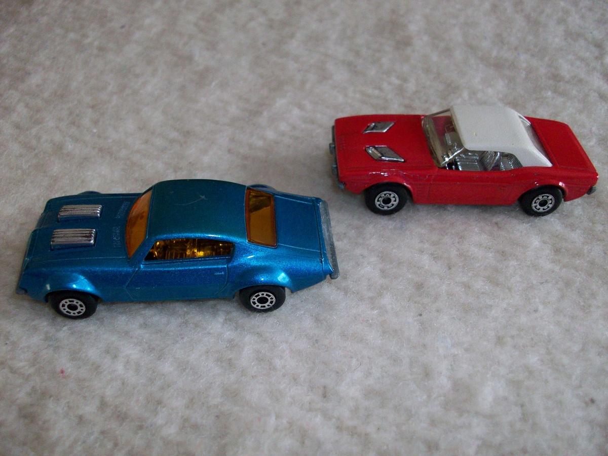 matchbox cars dodge challenger and pontiac firebird 1975. Black Bedroom Furniture Sets. Home Design Ideas