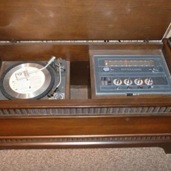 General Electric Mid Century Stereo Phonograph - Electronics
