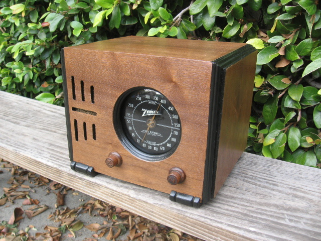 Vintage 1938 Zenith Tube Radio Model 5-R-216 Restored